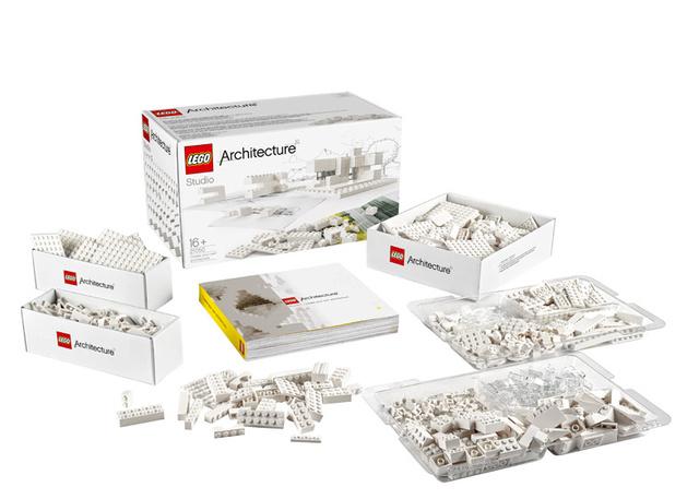Építészetre és dizájnra fogékony célközönségének kedvez a dán játékgyártó cég a legújabb, Lego Architecture Studio névre keresztelt kollekciójával.