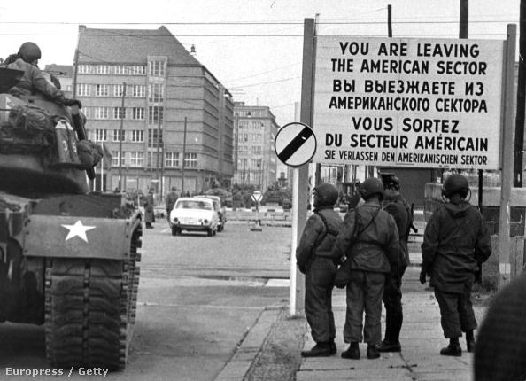 Amerikai katonák Nyugat-Berlinben 1961 januárjában