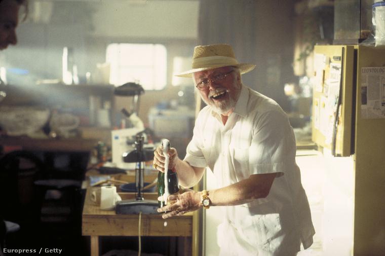 John Hammond szerepében a Jurassic Parkban