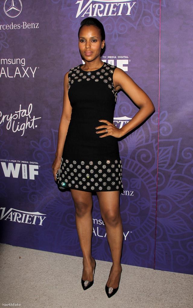 Térjünk át az Emmy-gálát megelőző, szombati Pre-Emmy rendezvényekre: az Emmy jelöltek ünneplésére augusztus 23-án rendeztek estet Los Angelesben, egy nappal az MTV VMA előtt. Kerry Washington fekete Michael Kors koktélruhában tette tiszteletét.