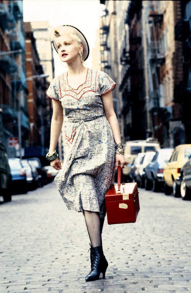 Cindy Laupert a New York-i Sohoban fotózta Feingold.