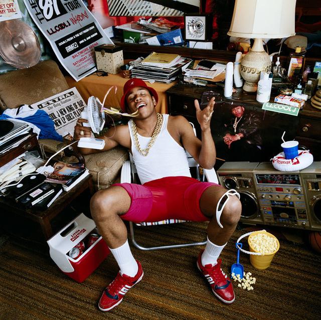 LL Cool J.-t a nagymamája házában kapta le.