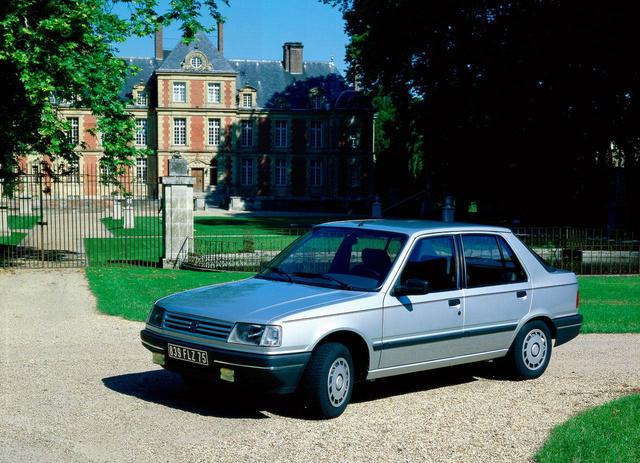 Először a Matra készítette magának, aztán mégis Peugeot lett: 309-es