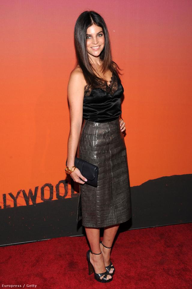 Julia Restoin Roitfeld a francia Vogue ex-főszerkesztőjének lánya