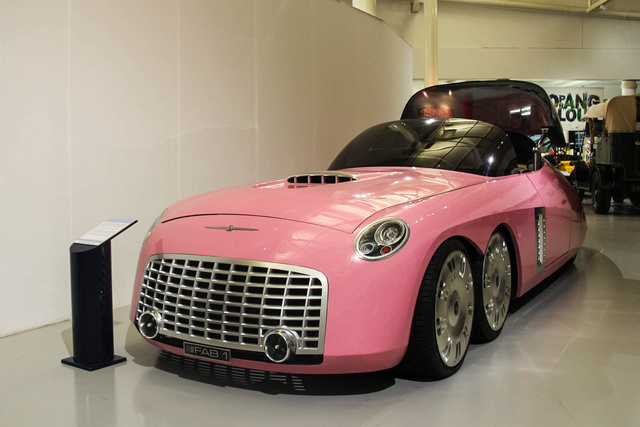 Lady Penelope autója, a FAB1.