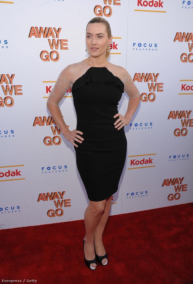 Winslet 2009 júniusában nyúlt mellé ezzel a csipkés ujjrészt kapott fekete Stella McCartney ruhával, ami a várakozásokkal ellentétben inkább szélesebbnek mutatta a színésznő csípőjét, mint keskenyebbnek.