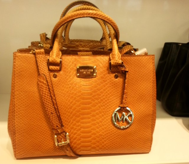 Michael Kors outlet: 77.700 forint.