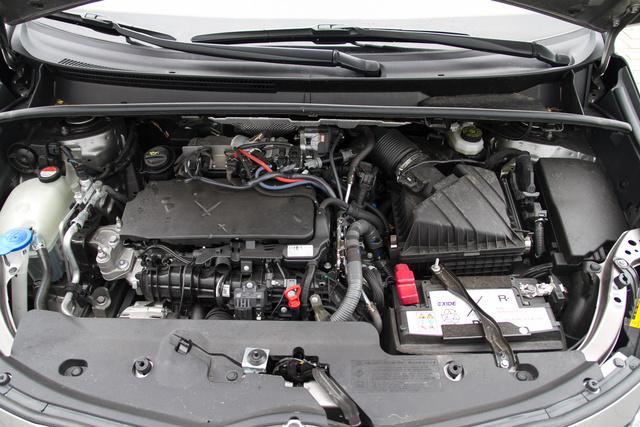 A BMW-motor remek.