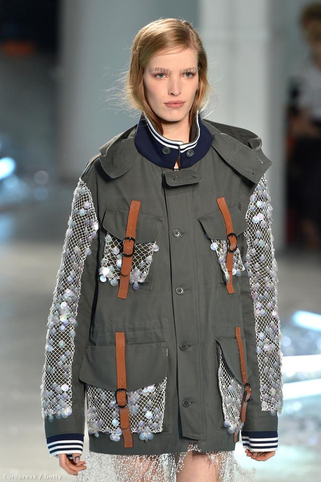 A kabát kis szerencsével 2 millió forintért már a mienk lehet.
