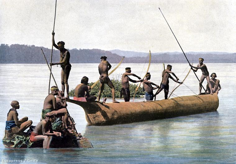 Törzsi halászok Nicobar partjainál