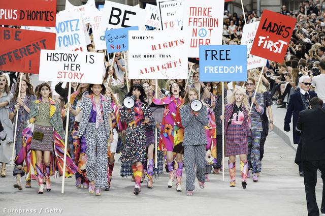 Lagerfeldnek feminista gondolatai támadtak.