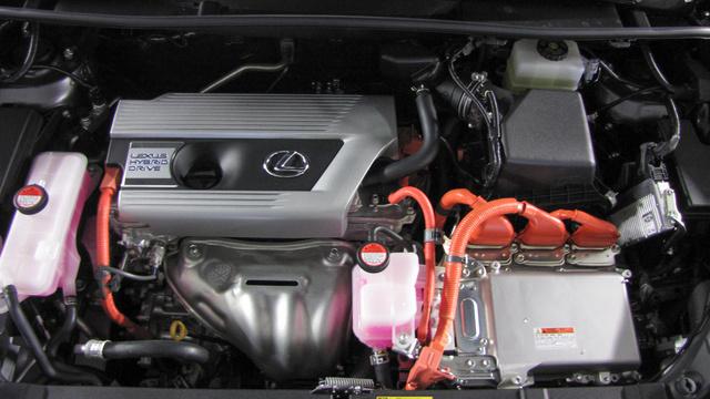 A 2,5-ős benzinmotor és a hibrid rendszer