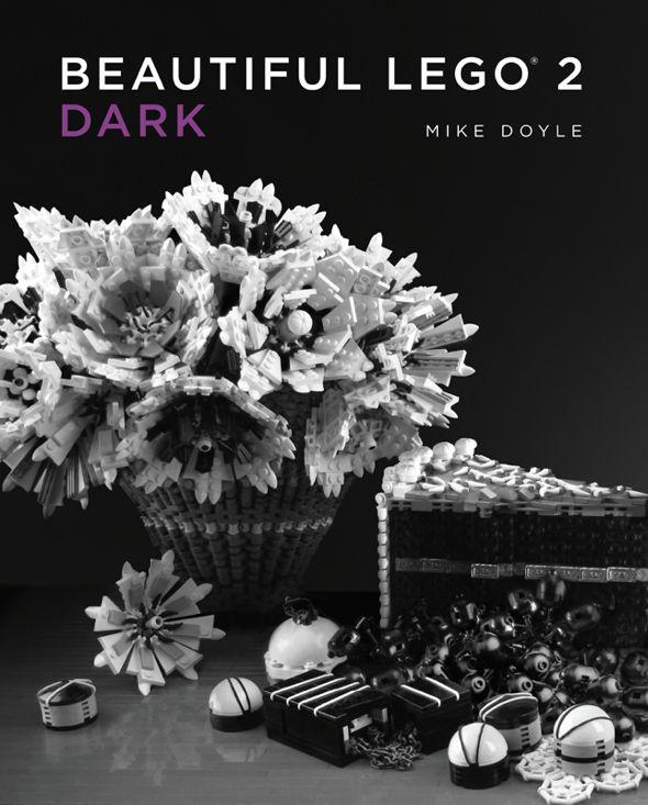 Az előző, nagy sikerre való tekintettel folytatja Legós könyvét a New York-i származású grafikus- tervező, Mike Doyle.