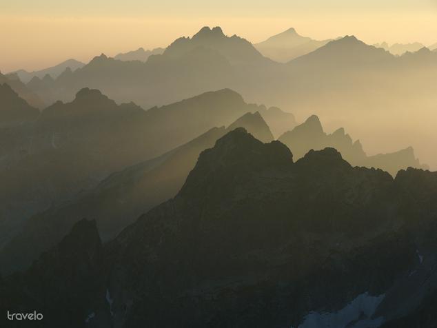A Lomnici-csúcsról nagyon sok képet készített, ez az egyik