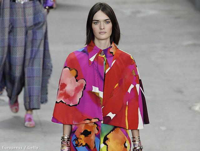 Virágba borul a város: Chanel Spring Summer 2015