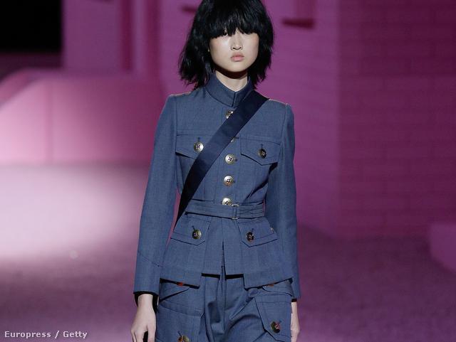 Így öltözik egy modern üzletasszony: Marc Jacobs
