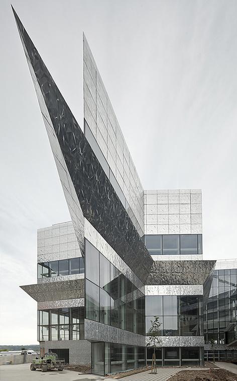 Így néz ki a bilbaói rendőrség épülete
