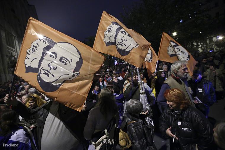 Tüntetés az internetadó ellen október 26-án, Budapesten
