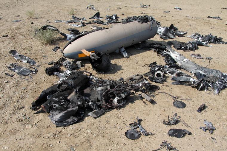 Egy Iránban leszedett drón roncsai