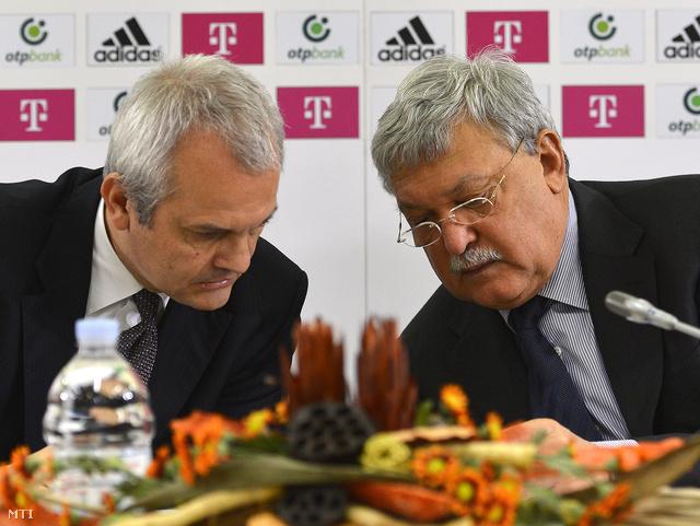 Csányi Sándor elnök (j) és Vági Márton főtitkár a Magyar Labdarúgó Szövetség (MLSZ) sajtótájékoztatóján a szövetség budapesti székházában 2013. október 16-án.