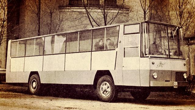 Nem látta formatervező az Ikarus 114-et, de a kocsit nem is azért gyártották, hogy formatervezési nívódíjat kapjon