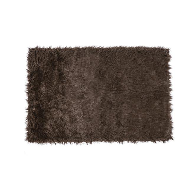 Műszőrme szőnyeg 5490,- a Tescóban keresse