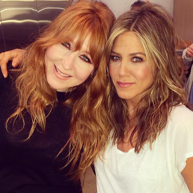Charlotte Tilbury Jennifer Anistonnal. Vagy valakivel, akit Jennifer Anistonnak sminkelt?