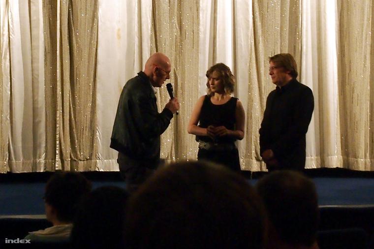 Az 1989 - Poker am Todeszaun c. film rendezői: Anders Østergaard (j) és Rácz Erzsébet (k)