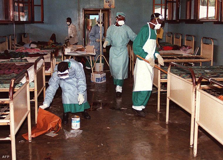 Ebolás betegek egy kikwiti kórház elkülönített termében (1995.)