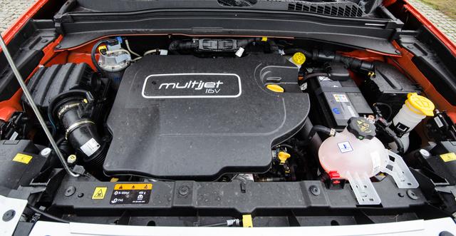 Két benzines (1,4 és 1,6) és egy kétliteres dízel van egyelőre, 140 és 170 lóval