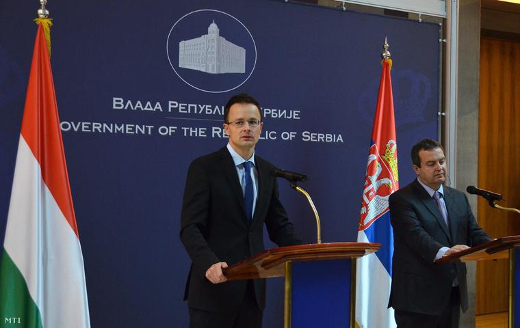 Szijjártó Péter és Ivica Dacsics Belgrádban