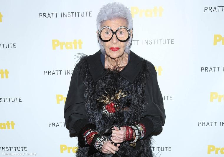 Iris Apfel ezen a héten a Pratt Institute gáláján járt