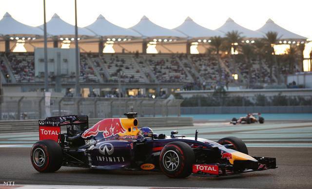 Vettel az Abu-dzabi időmérő edzésén