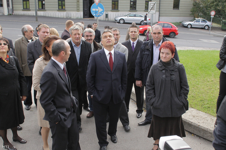 Orbán Viktor Veszprémben a 2010-es önkormányzati választások kampányában