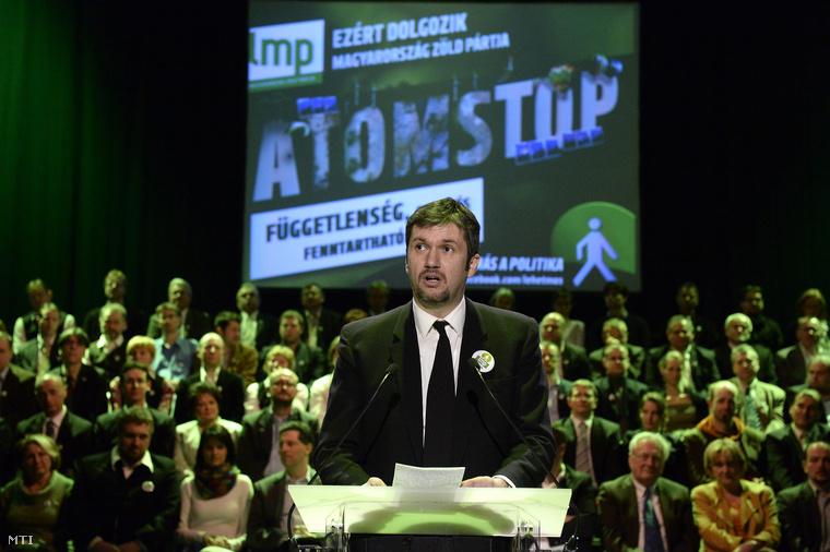 Hadházy Ákos a Lehet Más a Politika szekszárdi országgyűlési képviselőjelöltje