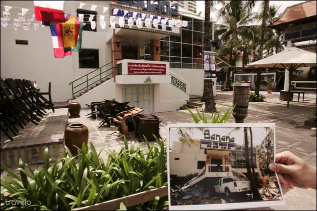 A Banana Club a thaiföldi Phuketen, mely egy évvel a cunami után már újra fogadott vendégeket (A kis képen ugyanez a hely látható 2004 december 28-án)
