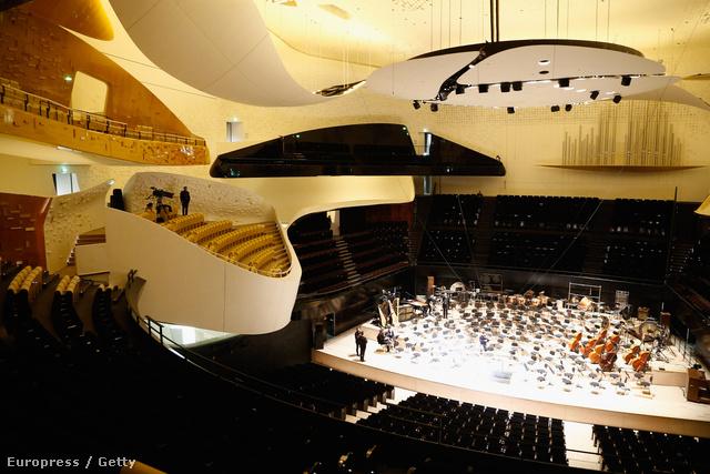 Így fest a 2400 férőhelyes koncertterem.