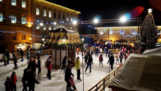Óbuda, Fő tér
