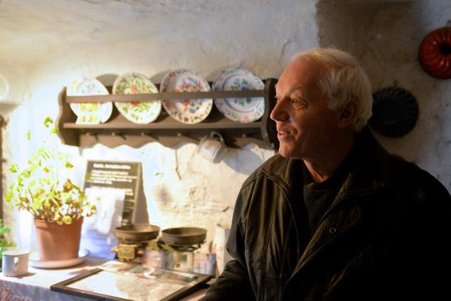 Appel Péter, a budafoki barlanglakások legnagyobb ismerője