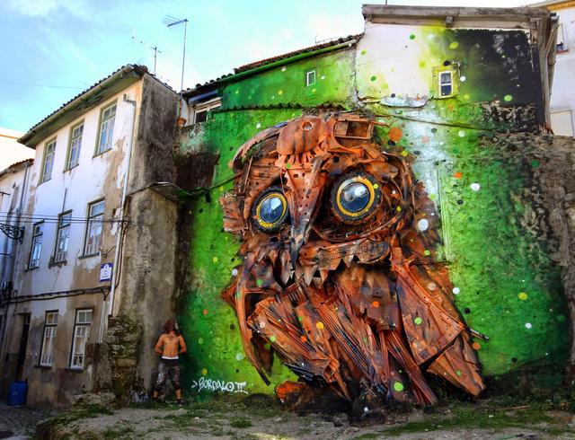 Bordalo bagoly falfestménye Portugáliában.