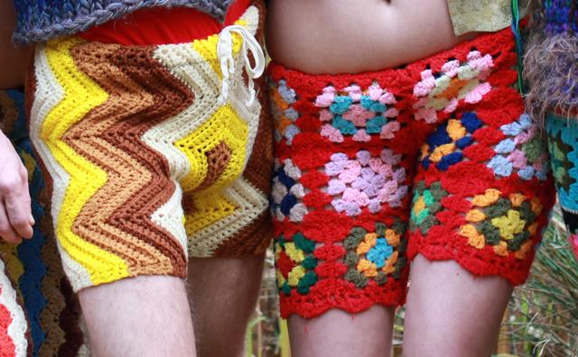 15 ezerbe kerülnek az egyedi készítésű nadrágok