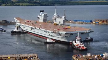 Nézzen körbe a britek hatalmas hadihajóján!