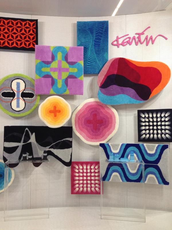 Ilyen színekkel dobjuk majd fel a fürdőszobát Karim Rashid szerint, aki a Grundnak tervezett mintákat.