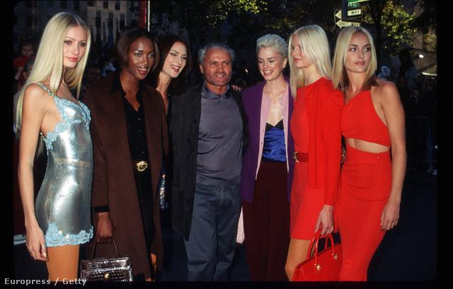 17. Gianni Versace utolsó couture bemutatója, 1996. október 25.