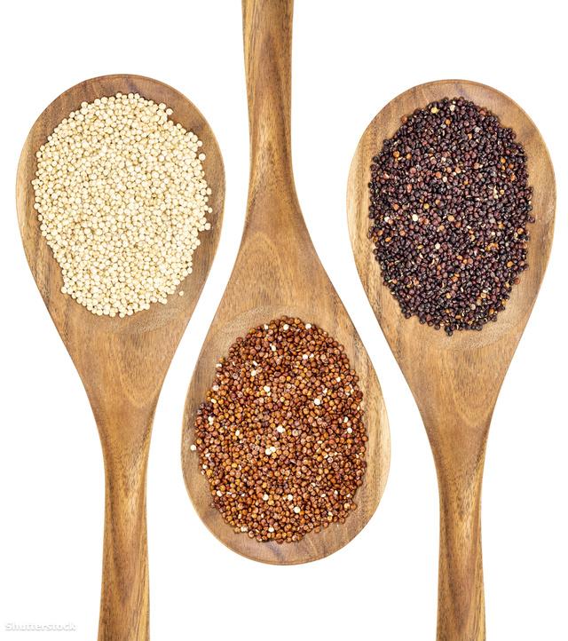 Fehér, vörös és fekete quinoa. Gabonának látszik, de nem igaziból az.
