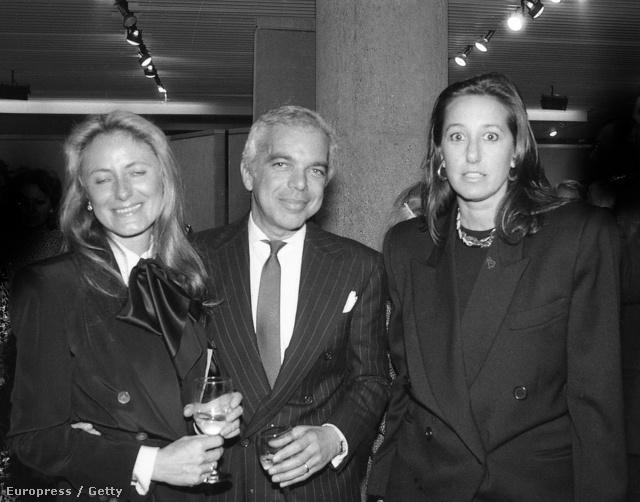 1985-ben. Felismeri a középen látható urat? Pedig szintén tervező: ő Ralph Lauren!