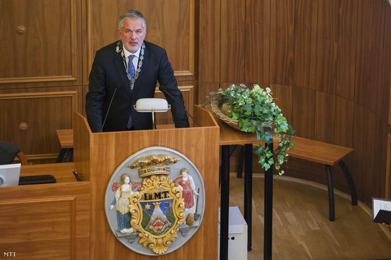 Páva Zsolt pécsi polgármester
