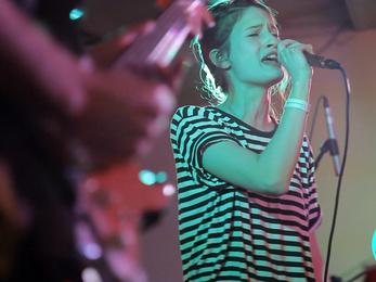 Dorothy's Legs: Watch Me Go (live) @ Kuplung, Visszaszámlálás