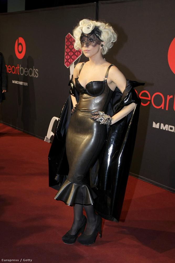 A 2000-es évek végén Gaga még azt hitte, hogy az elegancia egyenlő a műbőrrel