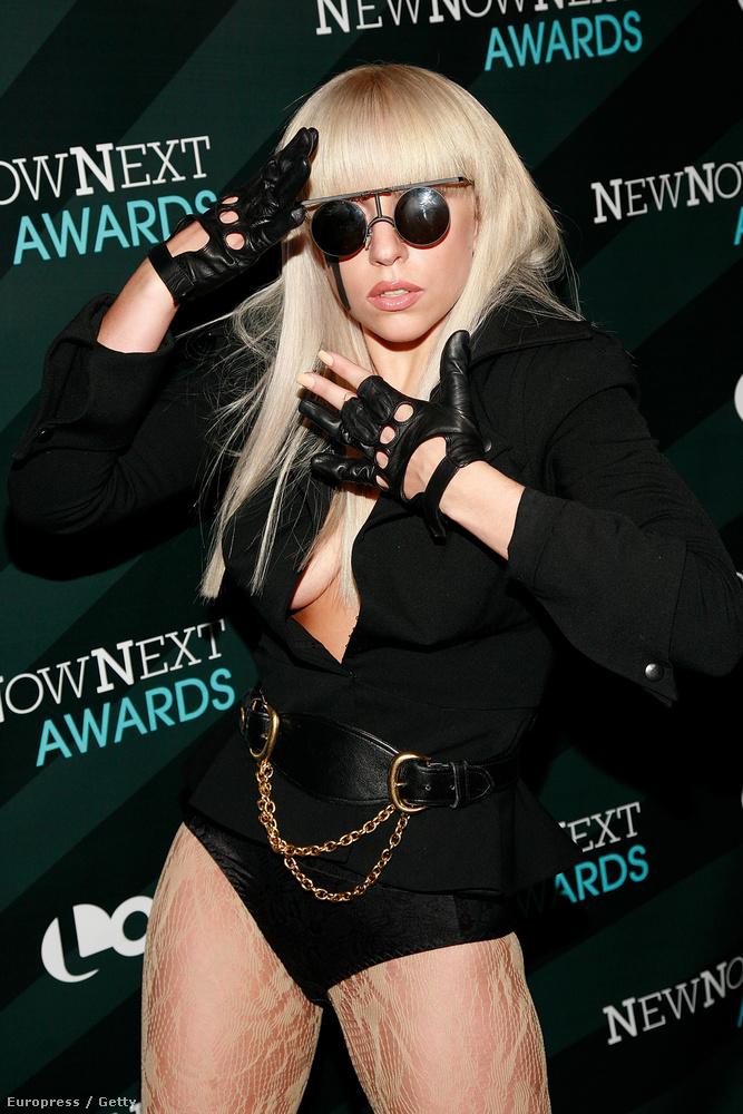 Lady Gaga mostanában olyan konszolidált, hogy hajlamosak vagyunk elfelejteni a régi időket
